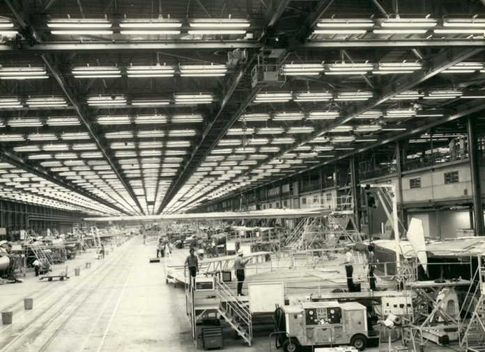 F-111C Production Line - Assy of A8-125 - Oct 72 - 02