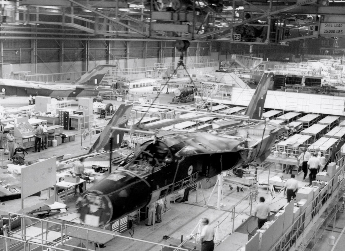 F-111C Production Line Assy of A8-131 - Oct 72 - 01